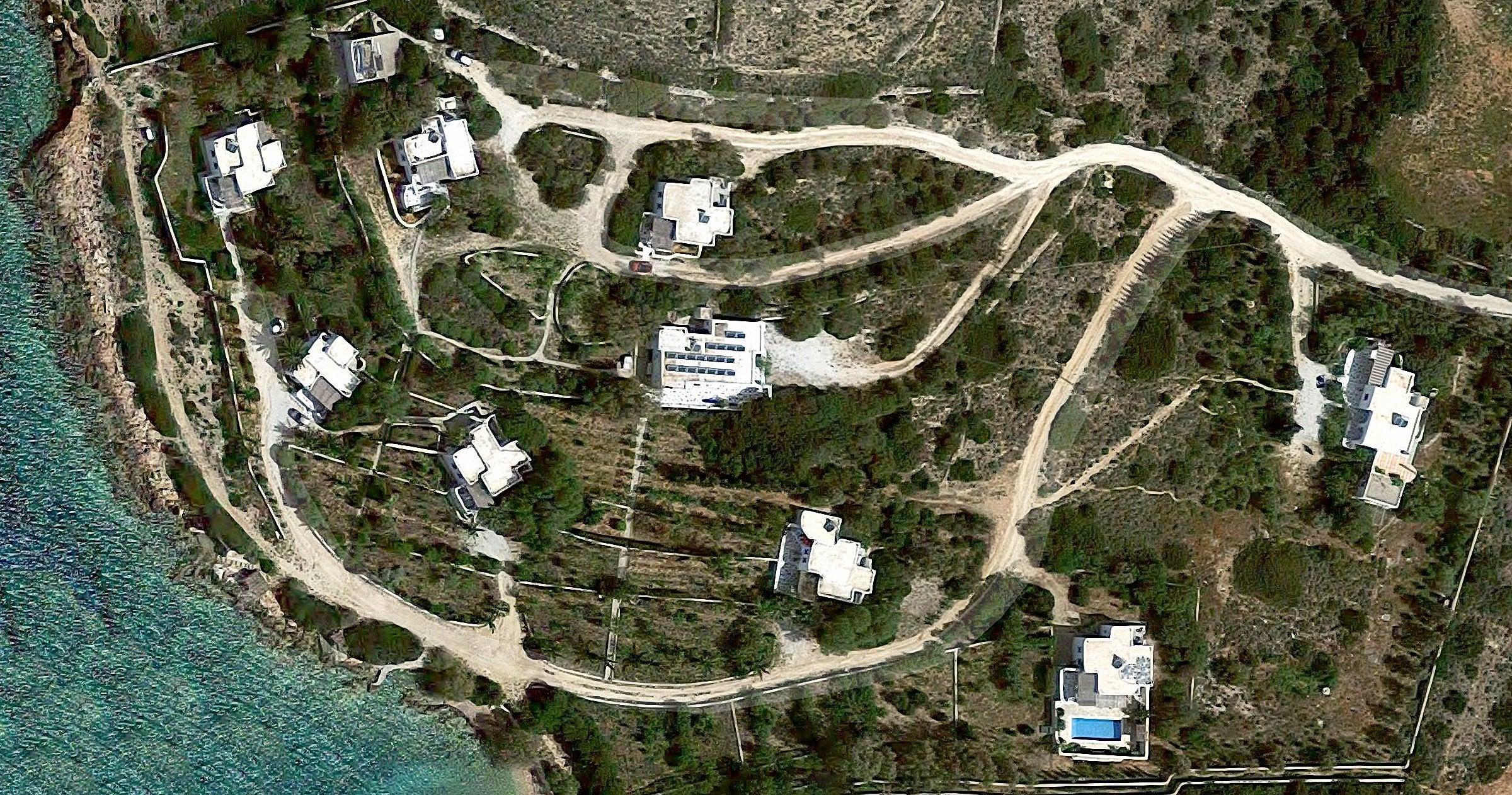 Aghia Irini Villas Complex