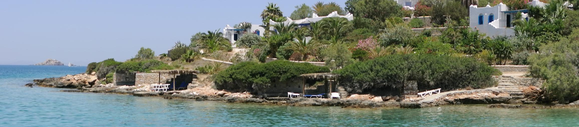 Aghia Irini Villas beach